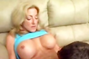 hos sexy lascivious mommy with breasty whoppers