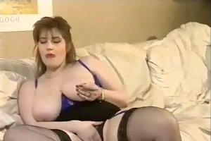 Tittn geile Schwiegermutter Dicken