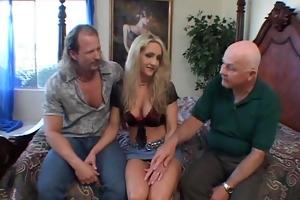 interracial swinger wife threesome, hubby likes!