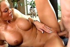lovely d like to fuck is giving dude a juicy
