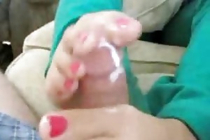 wife gives precious footjob with her hawt feet