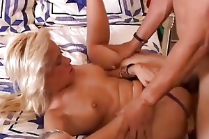 alex is a hot blond d like to fuck who likes cum