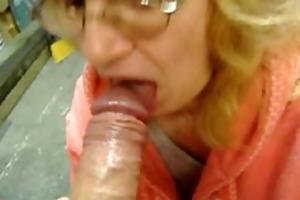 garage oral cum in her throat