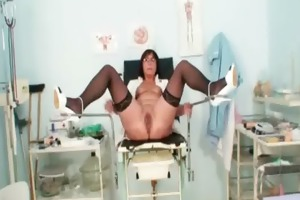 old doxy toys her pierced cookie on gynochair