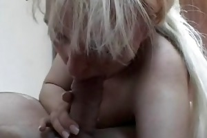 breasty non-professional mother i toys and sucks