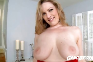 vicky vixen hungry for anal