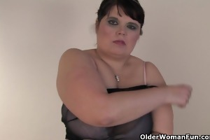 obese mature mommy copulates herself with a sextoy