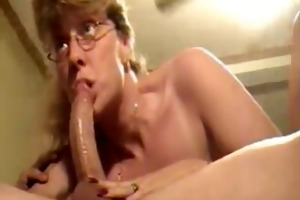 aged wife gives deepthroat blow job