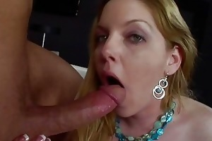 blond d like to fuck acquires the biggest penis