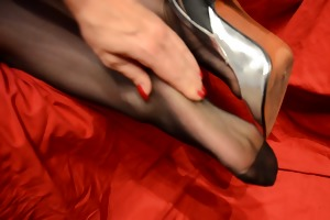 feet in nylon - movie scene 10