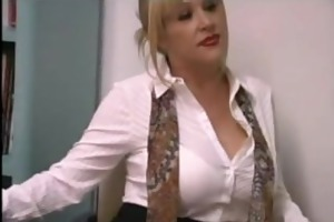 Big tittied blonde milf kandi cox masturbates