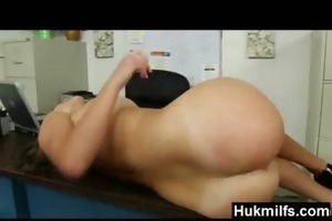naughty muff sexy mamma in nature show