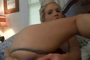 horny wife jolene acquires a large facial