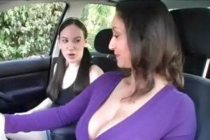 d like to fuck shows cum-hole in 3some with
