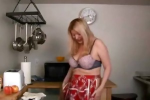 d like to fuck with large love melons masturbates