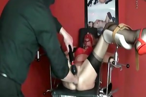 fisting and vacuum pumping her huge snatch in