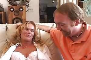 messy d gives chilie anal wench wife training 101