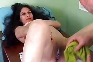 beautiful older lalin girl receives her vagina