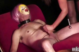 breasty dominatrix-bitch bonks her sexdoll then