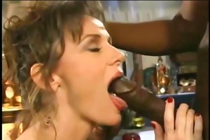 this whore rubs her clit