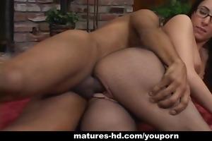 older slut katrina isis enjoys hardcore pussy