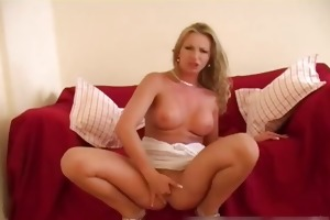 breathtaking bombshell widening her fur pie part2