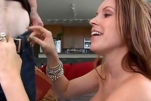d like to fuck babe courtney cummz receives her