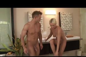 blonde milf nuru massage turns into oral-service
