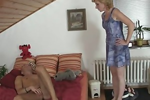 she helps her son-in-law cum and acquires busted