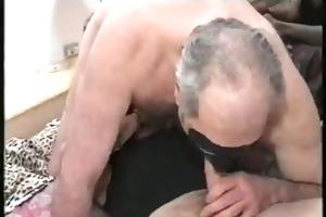 bi-sexual daddy bear in a some - lfbears-1