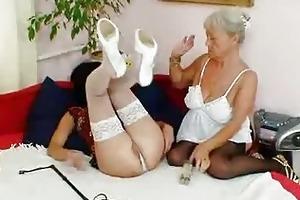 shaggy granny licks hawt d like to fuck in lesbo