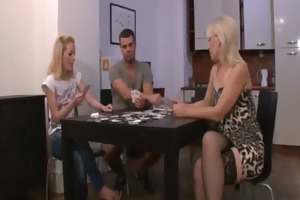 disrobe poker with his gf and mamma leads to fake