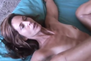 sherry is a skinny older playgirl who t live