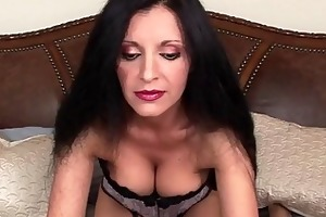 gorgeous mother i sucks and slips on wang