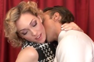 hawt blonde housewife lily labeau hd oral