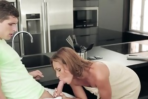 chicks - mother and stepdaughter share