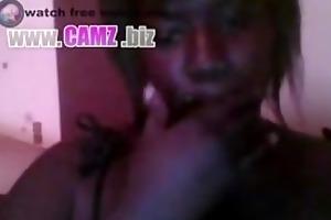 hawt french ebony big scones playing on livecam -