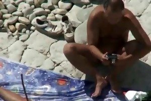mamma and daddy fuck on a public beach