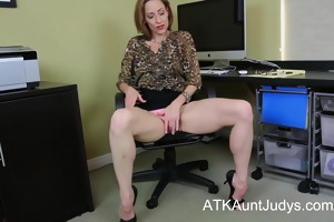 slender mother i betty blaze acquires all nasty