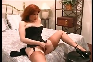 redhead hawt d like to fuck fingers and toys