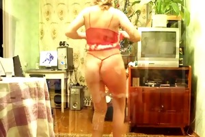 hot d like to fuck in red dancing