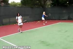 hot tennis milfs are caught stretching in advance