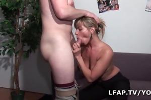 une bonne baise pour cette mother i francaise