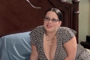 hot and overweight wife enjoys in juicy oral job