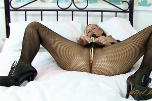 jessica cums and cums with her favourite vibrator