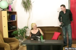 wicked mama gets shagged after photosession