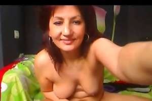 55yo lady does intimate livecam show -