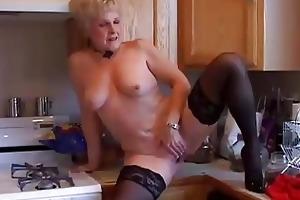 very hawt grandma has a soaking wet cunt