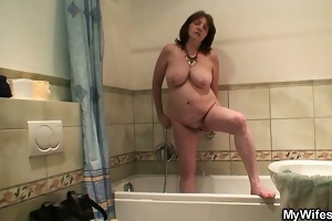lascivious son in law bangs her after shower