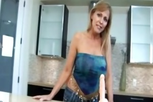 cougar mother i nicole moore sucks and receives
